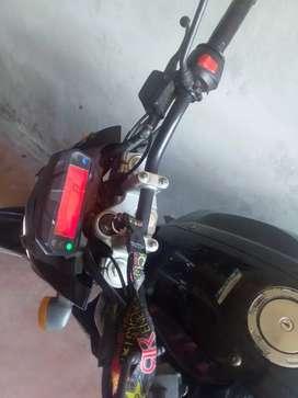 Vendo moto Yamaha Fz150