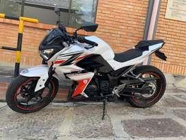 Kawasaki z250 modelo 2014