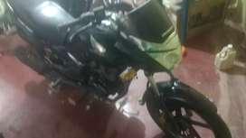 Se vende moto honda CB150 seminueva