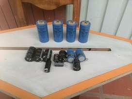 Condensadores Electroliticos Alta, Baja Capacidad y Voltage. Nuevos y Segunda