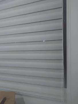 Vendo cortina roller blanca