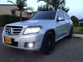 Vencambio Camioneta Mercedez Benz GLK 4X4 BiTurbo Diesel