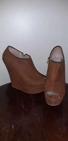 Zapatos gamuza T36