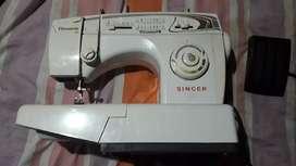 Maquina de coser singer 68