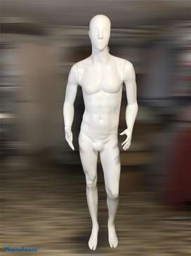 Maniqui masculino blanco