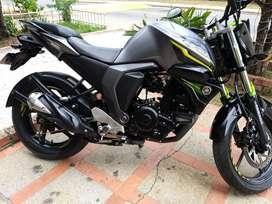 Se vende Moto FZ-S 2.0