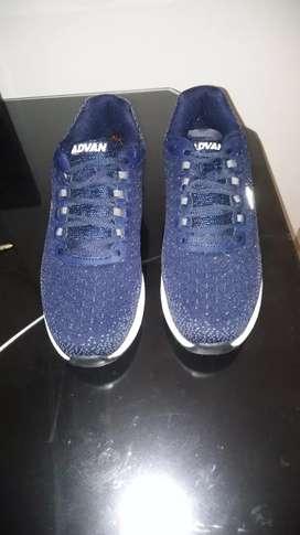 Par de zapatillas advan nuevas