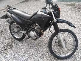 moto Yamaha XTZ