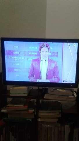 "Monitor-TV Samsung 24"" mod.P2470 c control."