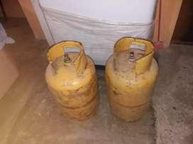 Tanque de gas llenos a 50 cada uno