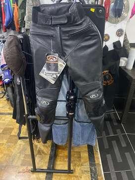 Pantalon cuero mujer moto