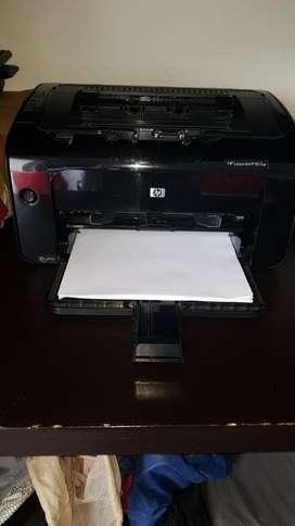Impresora Laserjet Hp 1102w 1 Mes de Uso