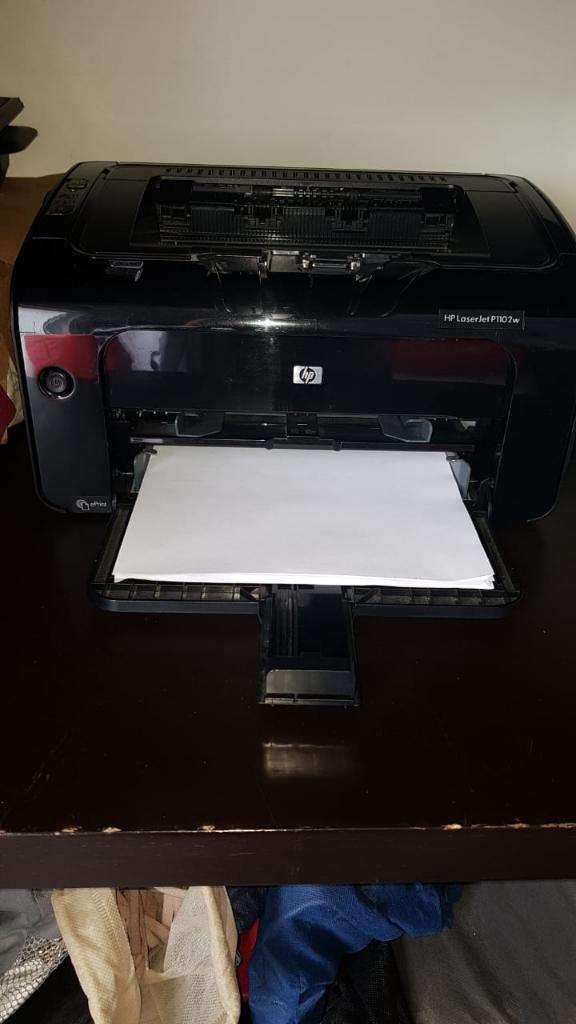 Impresora Laserjet Hp 1102w 1 Mes de Uso 0