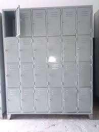 Lockers tipo bolsero, 24 puertas