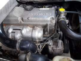 Vendo o cambio Daihatsu Delta 2005