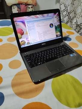 Portátil Dell Core i3 con 500 GB y 4 en ram muy bueno batería 2 a 3 horas