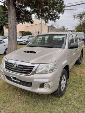 Toyota Hilux Cabina Doble 4x4 DX