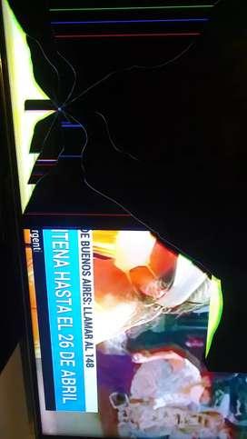 Vendo TV con pantalla rota