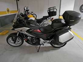 moto Honda Travel 750,