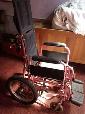 sillar de rueda niña