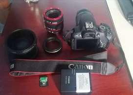 Cámara canon t5i + flash + accesorios
