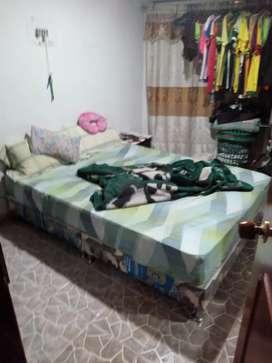 Base cama y colchón excelente estado de 1.40