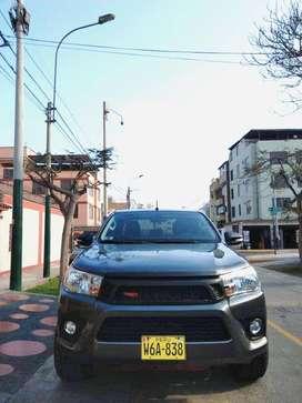 Toyota Hilux 2017 4x2 Turbo Intercooler Primer Dueño