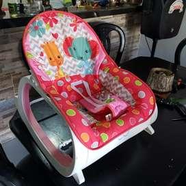 Vendo silla meseroa de bebe