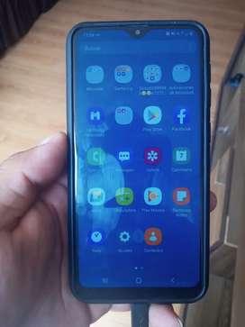 Se vende Samsung a10 estado 9/10