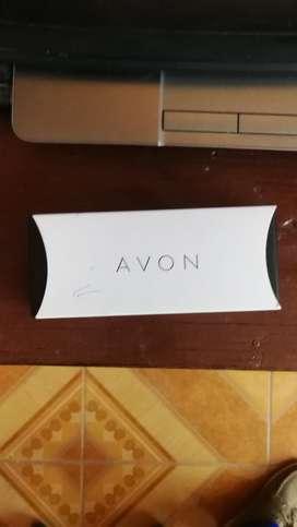 Reloj Avon Nuevo