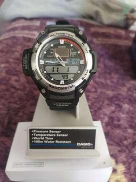 Reloj Casio H400 original como nuevo 2 meses de comprado en caja factura aún con garantía