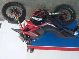 Se vende moto daytona tekken 250cc