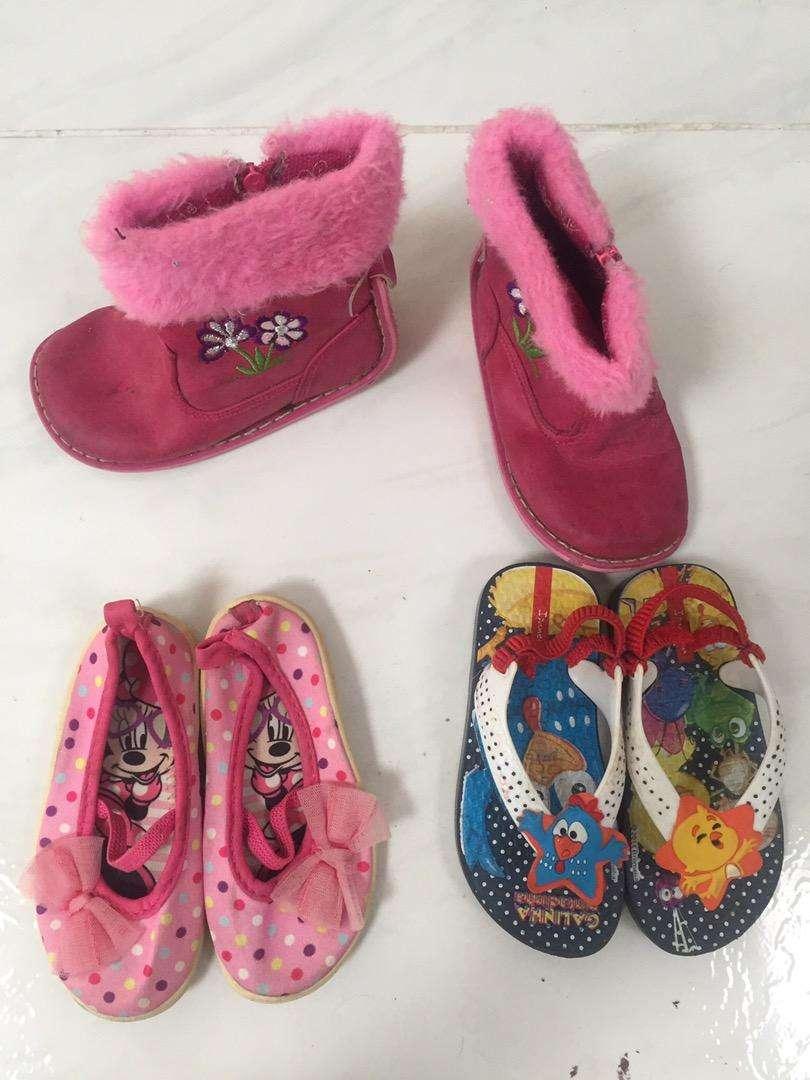 Hermoso calzado talla 22