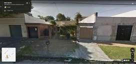 Chilavert. Casa 4 ambientes con garage y gran fondo libre
