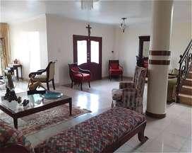 Vendo Espectacular Villa Amplia Alborada 10ma