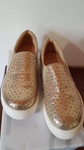 Vendo calzado mujer