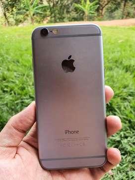 Phone 6 de 32 gb , procteror de pantalla recien puesto , ningun rayon se entrega con cargador