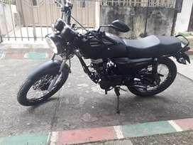 Moto NKD 125 en excelente estado