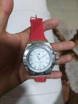 Vendo o cambio excelente reloj Tommy hilfiger