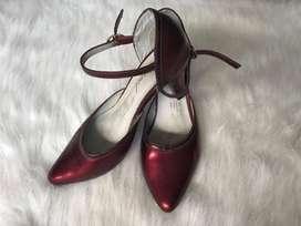 zapatos en cuero talla 37