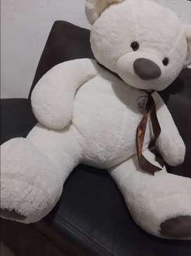 Se vende oso de peluche gigante