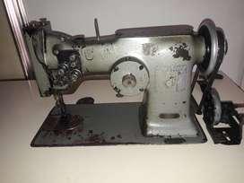Maquina 107 w SINGER zigzag, dos agujas, costura recta