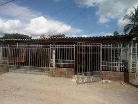 Casa finca ubicada en parcelas de jaraquiel