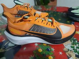 Vendo zapatos Nike Zoom Gravity