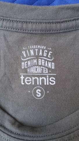 Camiseta Tennis talla S es excelente estado