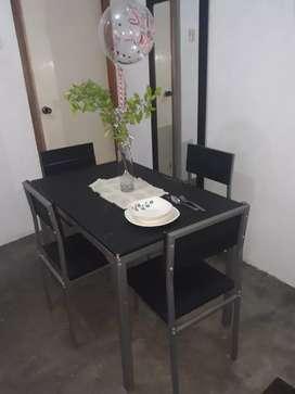 Mesa comedor moderno