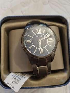 Hermosos relojes guess y fósil