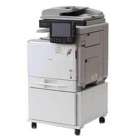 Copiadora - impresora Marca RICOH  Modelo MPC300  B/N Y COLOR  PERFECTO ESTADO