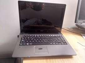 Portátil Acer Aspire 4560 con 4GB de RAM 500GB Disco Duro