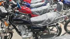 Moto Shineray.  Tipo GN. Monica CHIMASA